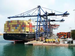 Tasa aduanera no infringe acuerdos comerciales internacionales, según Senae