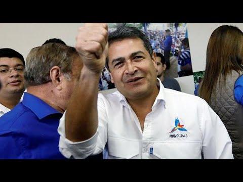 (Vídeo) El opositor Nasralla encabeza el recuento de votos en Honduras