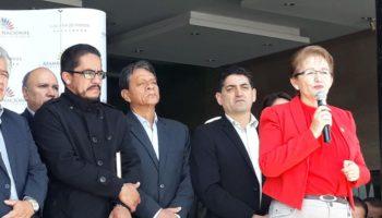 Norma Vallejo y sindicalistas