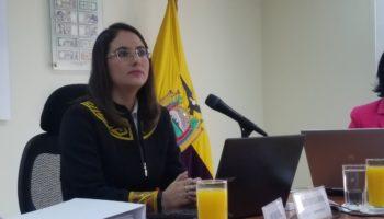 Verónica Artola, Gerente del Banco Central del Ecuador