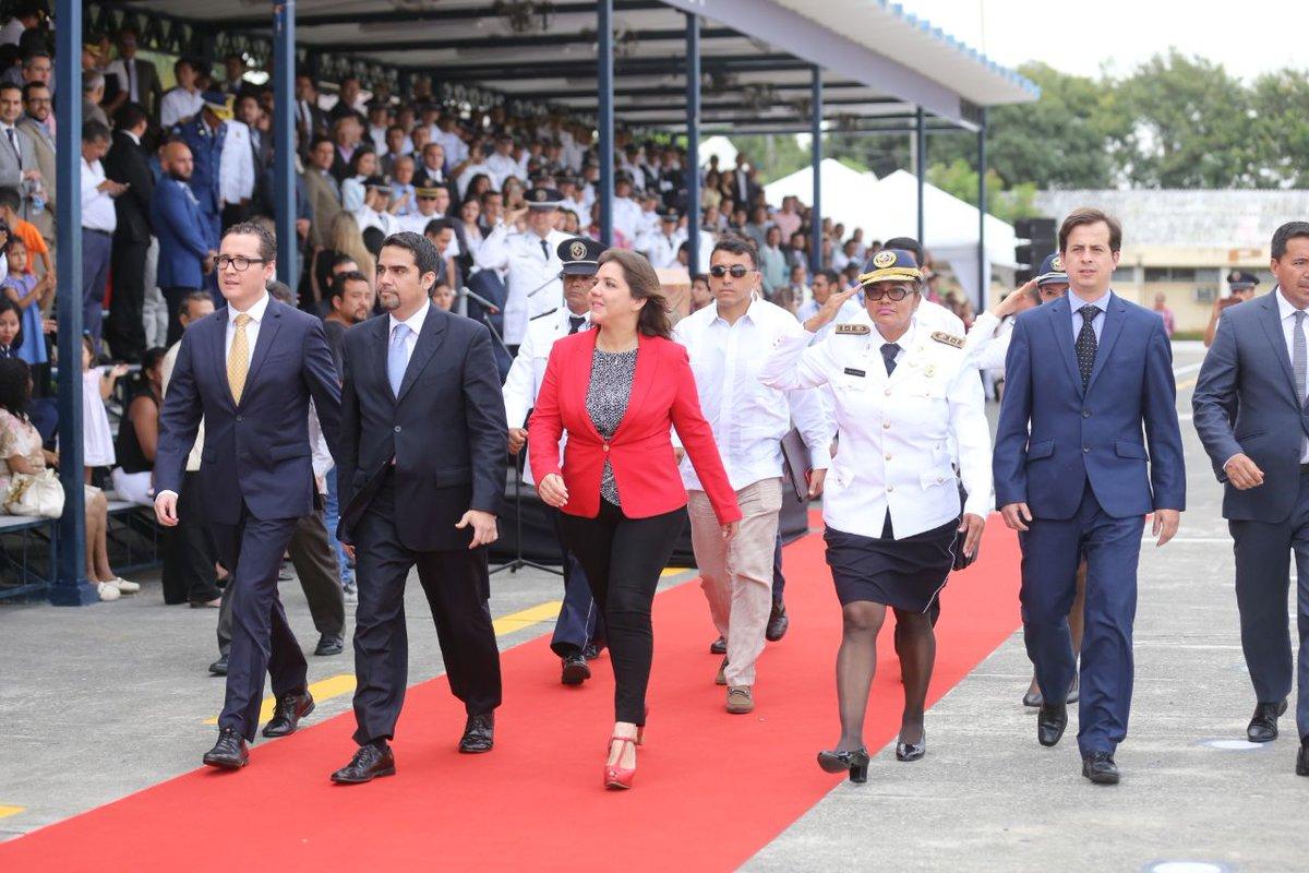 Vicepresidenta Vicuña CTE 1