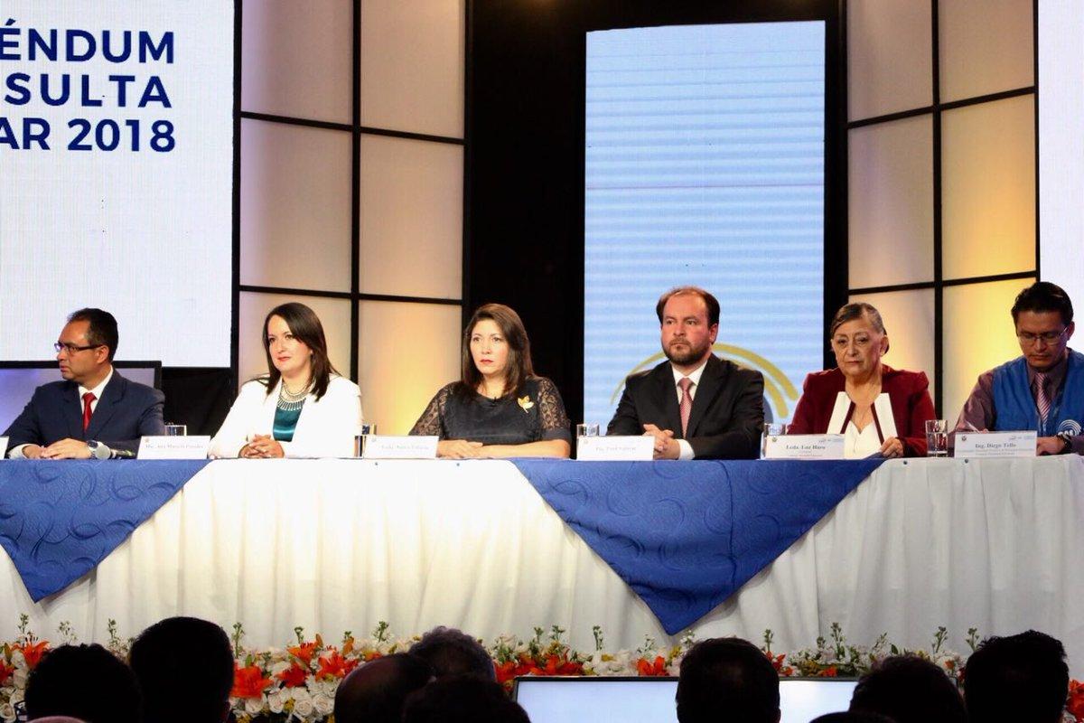 Ecuador elimina la reelección presidencial