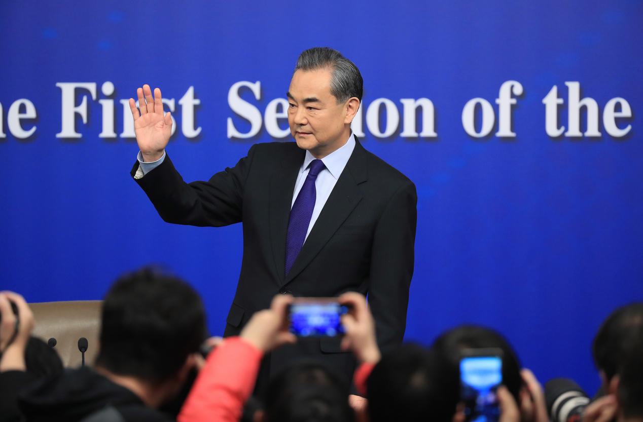 China y Japón condenan tarifas de EEUU — Guerra comercial
