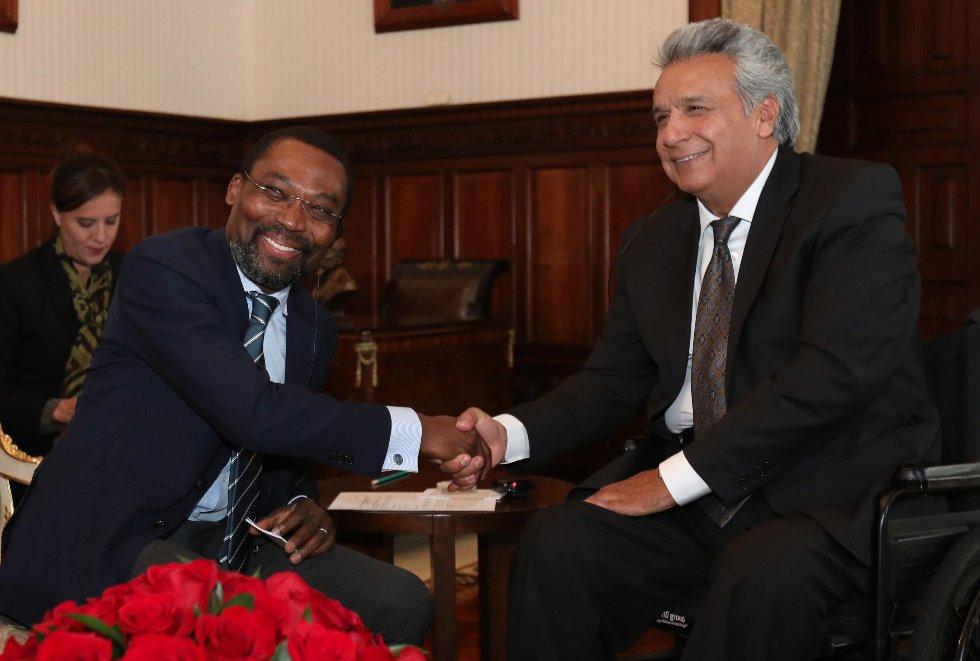 Moreno y Presidente de la @IntlCrimCourt, Chile Eboe–Osuji,